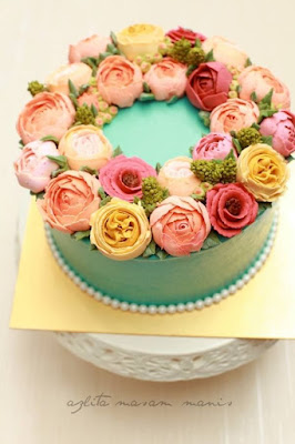 kahwin, list kahwin, buttercream flower cake, flower, flower cake, kek bunga, kek cream, kek sedap, cantik, wedding, flower wreath,