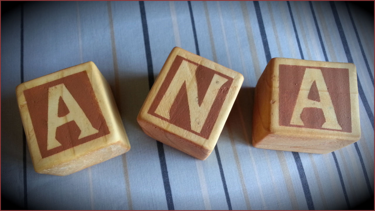 El taller de jazm n cubos de madera con letras - Cubos de madera ...