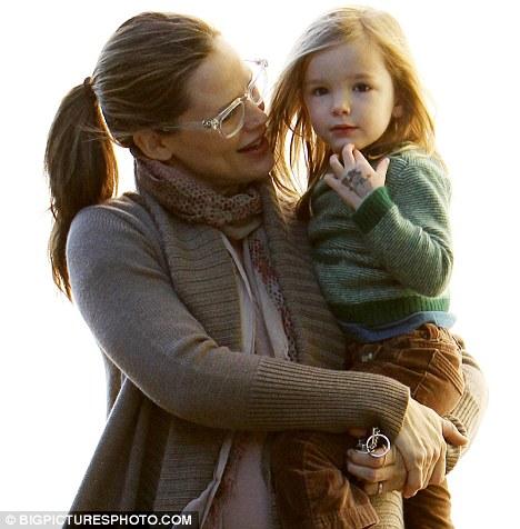 Jennifer Garner Admires Three Year Old Seraphina's (Temporary