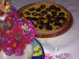 Prune tart