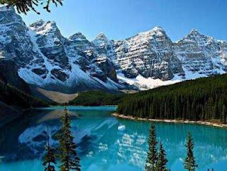 Moraine lake Tempat Teindah Didunia dengan Pemandangan Paling Indah