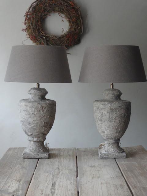 Keuken Pimpen Met Krijtverf : Ik kocht meteen nieuwe lampenkappen voor hem, want deze zaten erop…