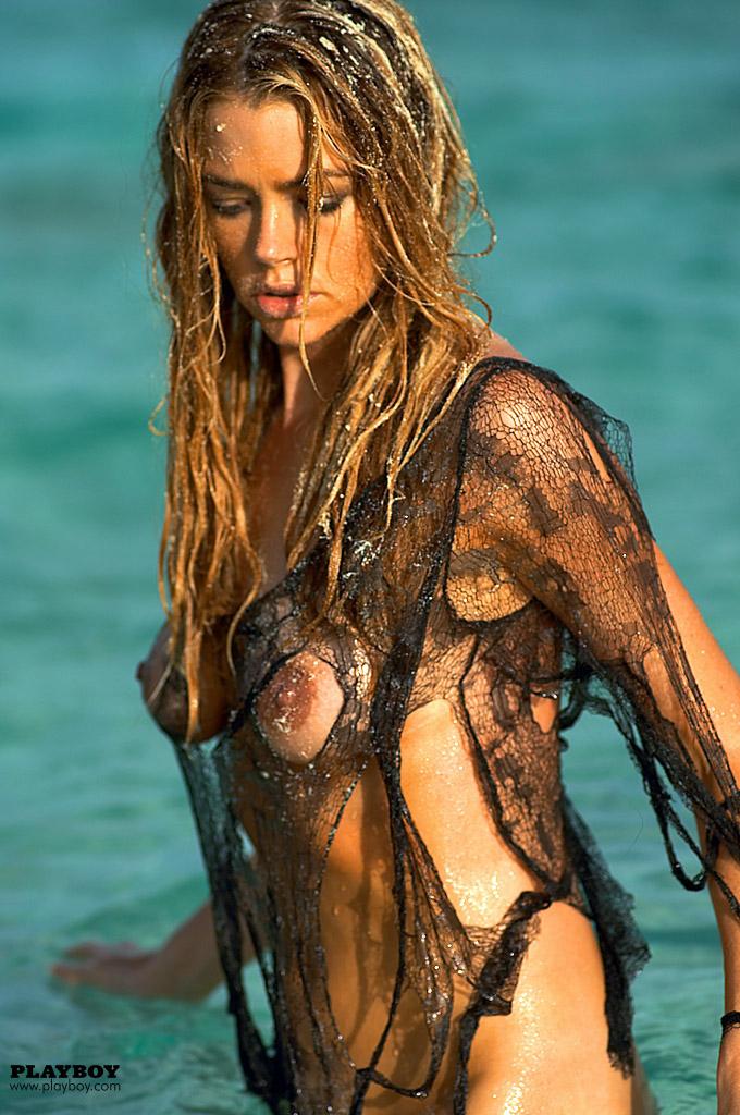 Denise Richards Nude