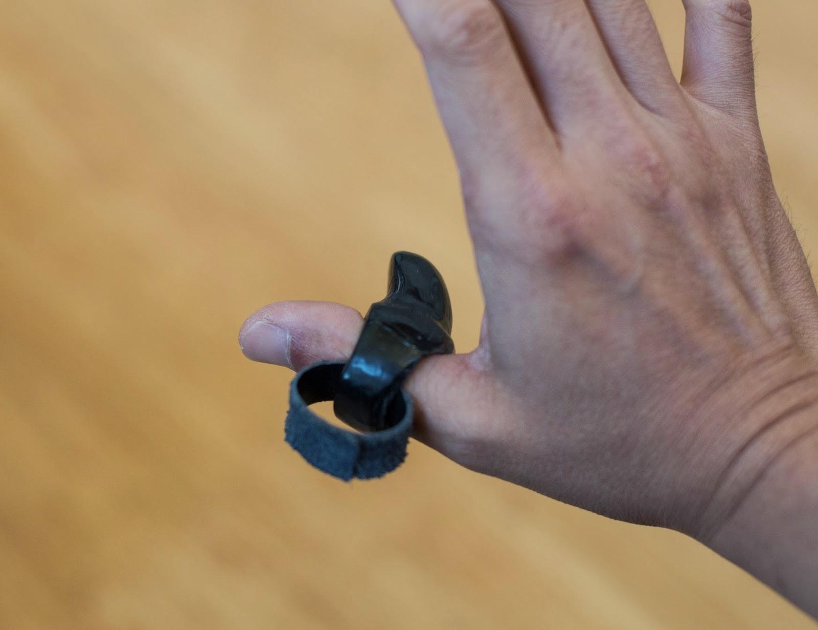 Gorillajin & Sansu: A hand made thumb ring