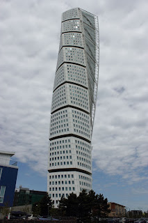 Turning Torso in Malmö, I weird looking house..