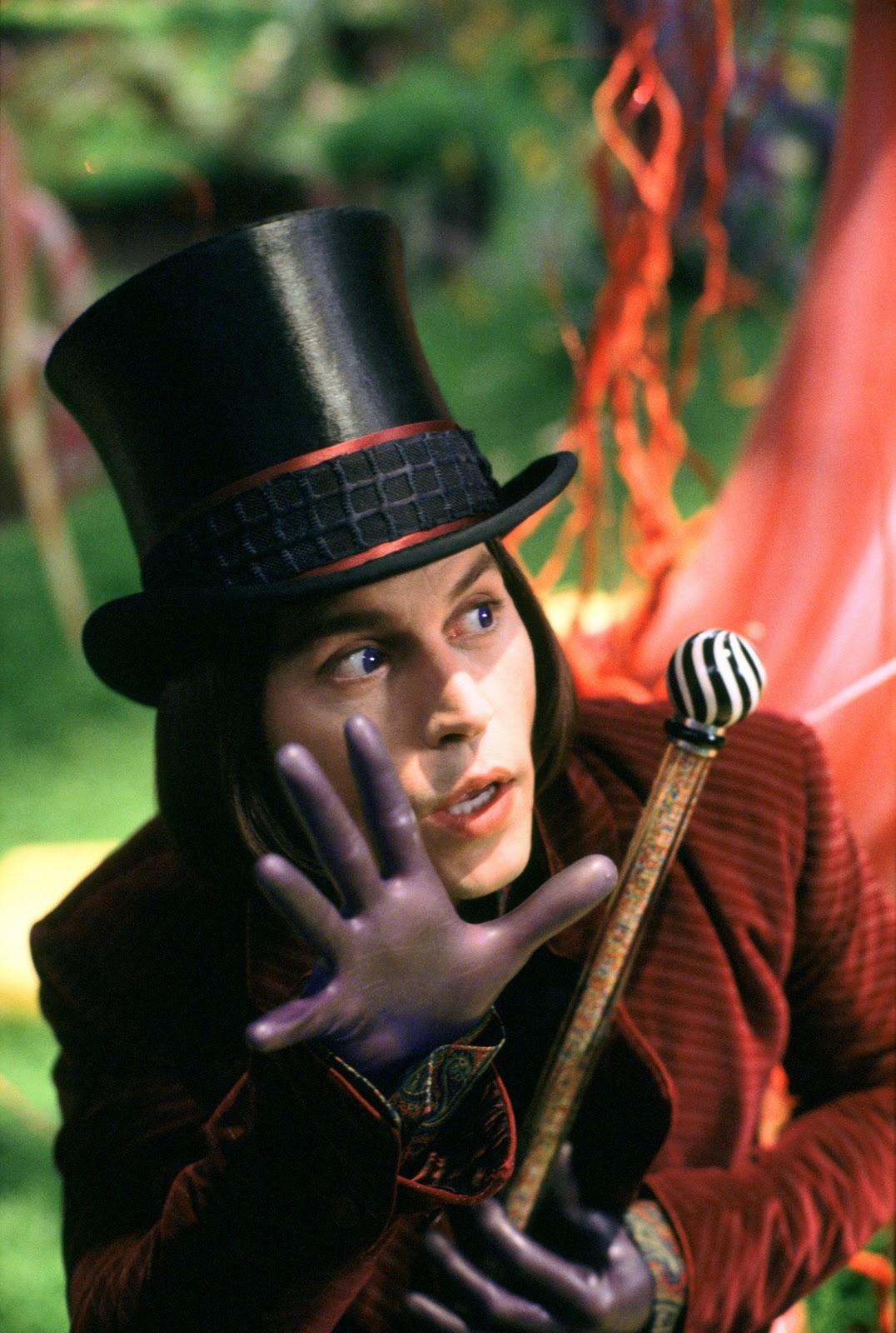 http://4.bp.blogspot.com/-s19t3JTUfog/ToYhmk4E4UI/AAAAAAAAAGk/s_BZ54HbljA/s1600/La-fabbrica-di-cioccolato-Immagini-dal-film-10.jpg