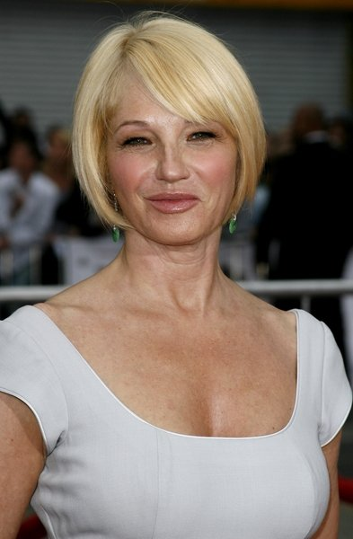 Ellen Barkin Hot Daily Communicate And Press Release Service