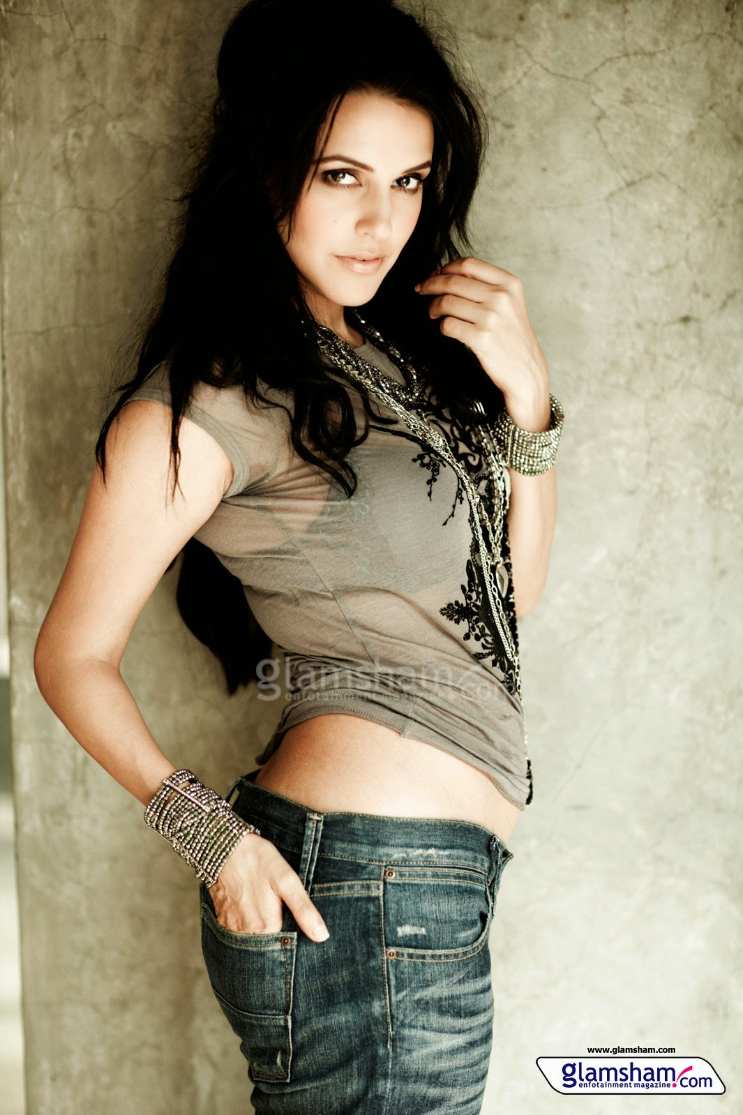 Sexy images of neha dhupia