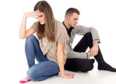 كيف تتعاملين مع غيرة حبيبك - الغيرة فى الحب - jealous man woman