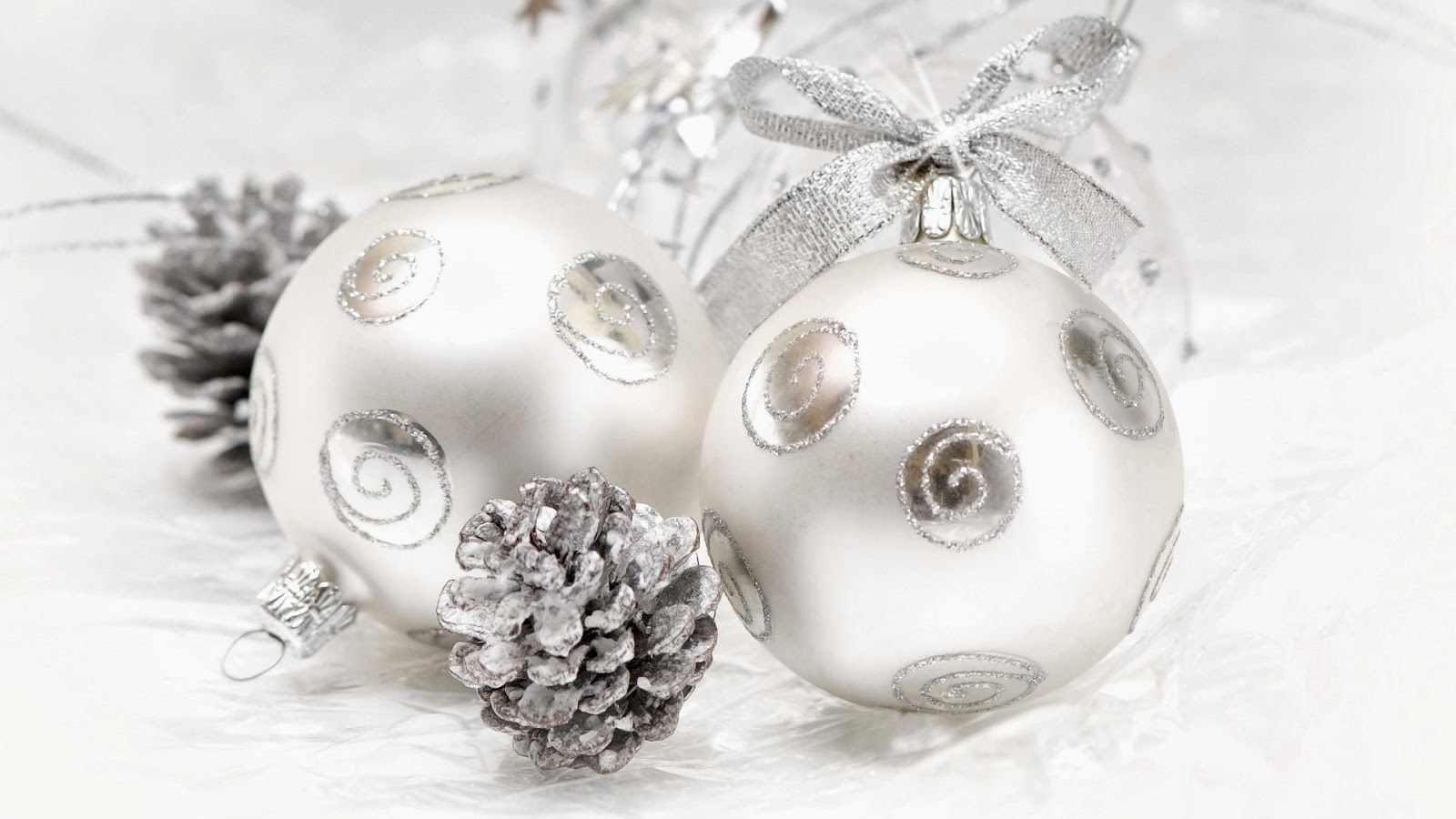Imagenes hilandy fondo de pantalla navidad bolas de plata - Bola de navidad con foto ...