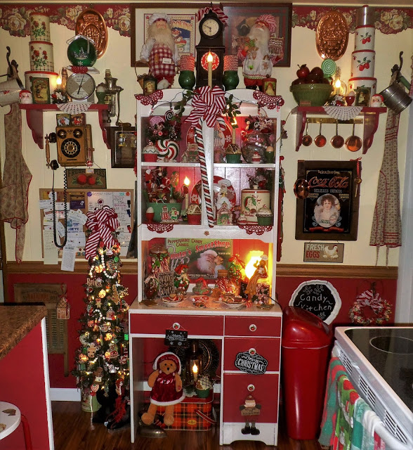 Christmas Candy Kitchen, Part 1, Christmas Home Tour, 2016