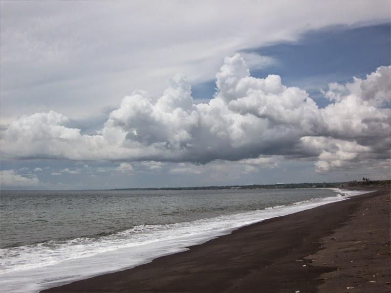 Tempat Wisata Pantai Sedayu Klungkung