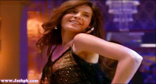 Mahnoor Baloch Item Song Stills from Main Hoon Shahid Afridi