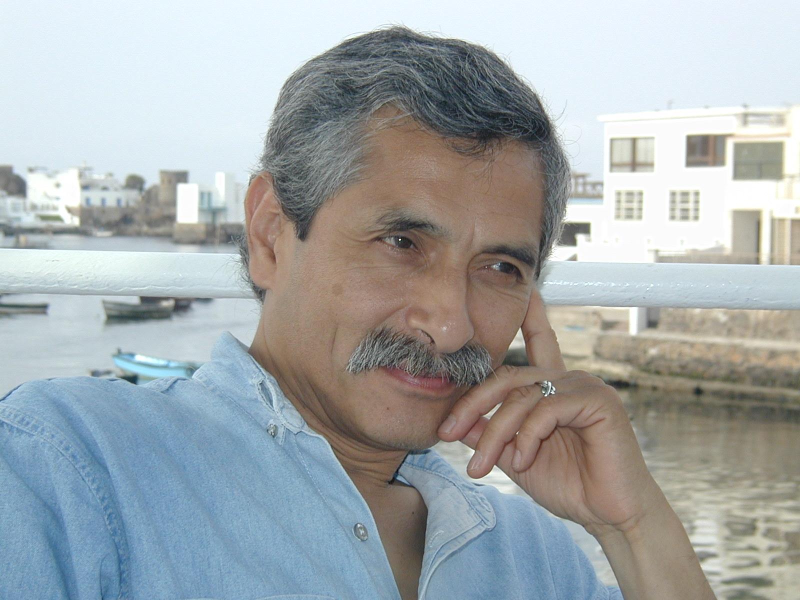 Gilberto León Ruiz