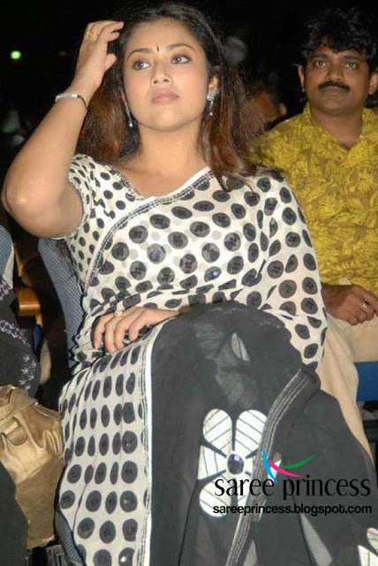 tamil hot actress meena in a polka dotted white saree