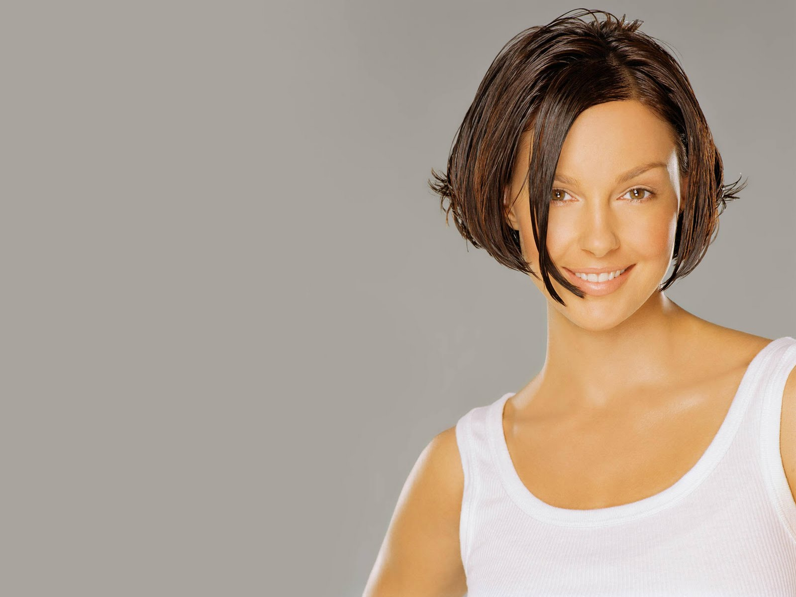 http://4.bp.blogspot.com/-s2Nc6O-ZiD4/TbXmTmTqcVI/AAAAAAAAN6o/SjqBuqoMVuU/s1600/american_TV_and_film_actress_Ashley_Judd_wallpapers%25252B%252525284%25252529.jpg