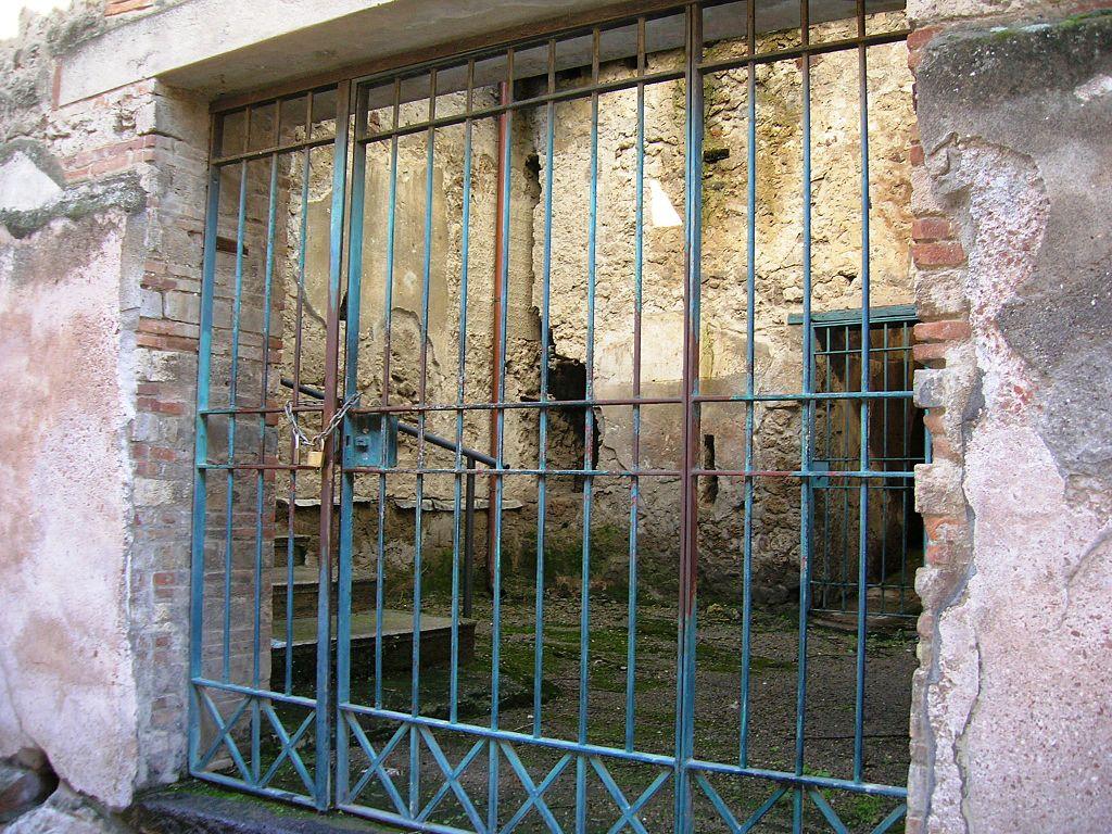 Casa de los Vetii - Puerta de entrada secundaria.  (Reg VI, Ins 15, 27)