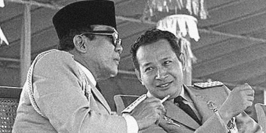 Lima Dosa Soeharto pada Soekarno | Whitesboy