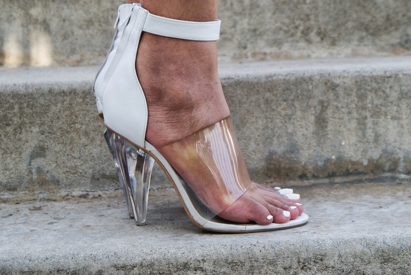 clear heels, lucite sandals, allthingsslim,