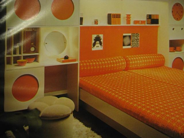 Bedroom orange orange and bedrooms on pinterest for 70s bedroom ideas
