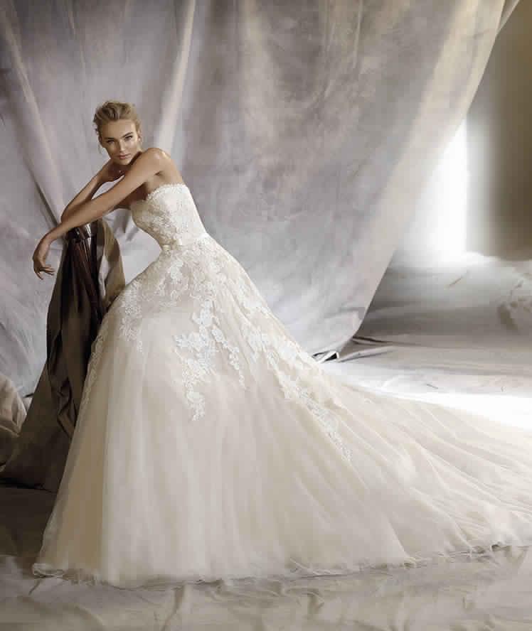 Robe de mariée dentelle pas cher ~ Invitation mariage - Carte mariage ...