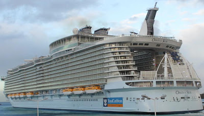 Oasis Of The Seas In Port