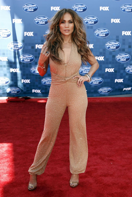Jennifer Lopez At 2011 American Idol Finals Red Carpet Arrivals Pictures