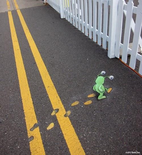 09-Paintfoot-Sluggo-Artist-David-Zinn-Chalk-Street-Art-www-designstack-co