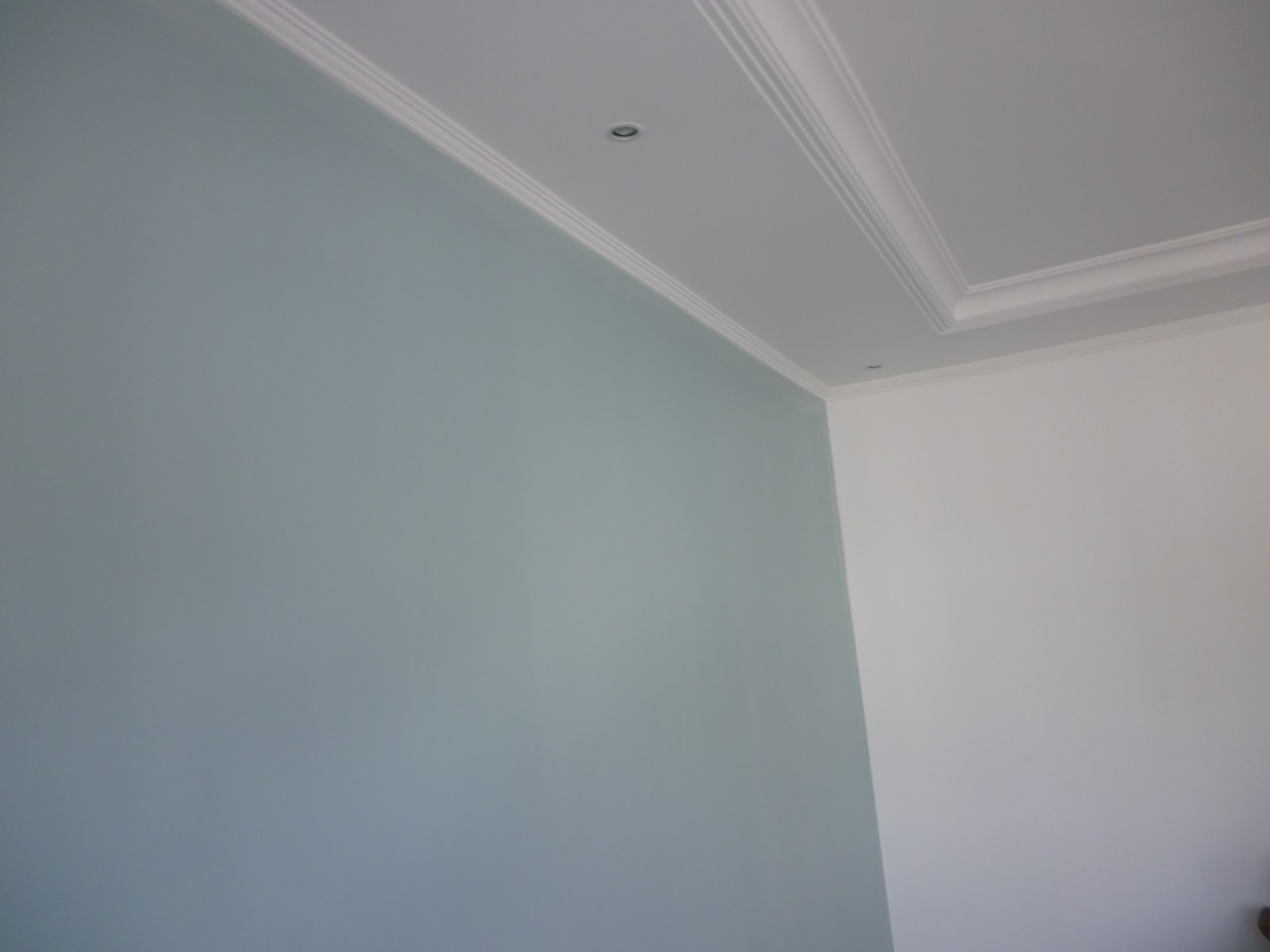 Pintura limpa Processo de pintura da sala de um cliente  ~ Quarto Pintado Branco Gelo