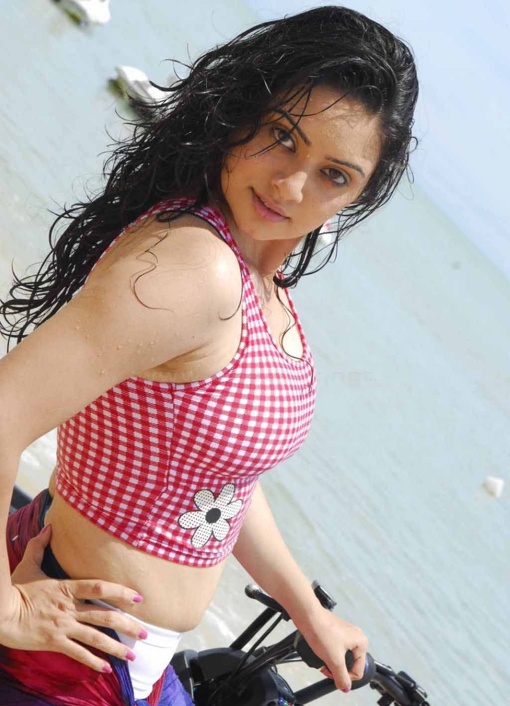http://4.bp.blogspot.com/-s3fNvT0vVnE/Tny5M95i8FI/AAAAAAAAIAA/dIcqCOtegEs/s1600/Aadu-Aata-Aadu-Kannada-super-Movie-Stills_actresspsuperoszone.blogspot.com_15.jpg?aadu-aata-aadu-movie+http: