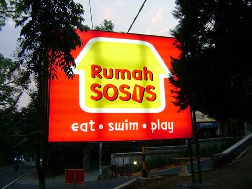 Tempat dan Objek Wisata Rumah Sosis di Bandung Terpopuler