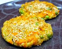 Fritada de Quinoa com Cenoura e Ervilhas (vegana)
