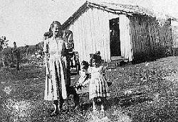 Nossa primeira casa, minha mãe e irmãs