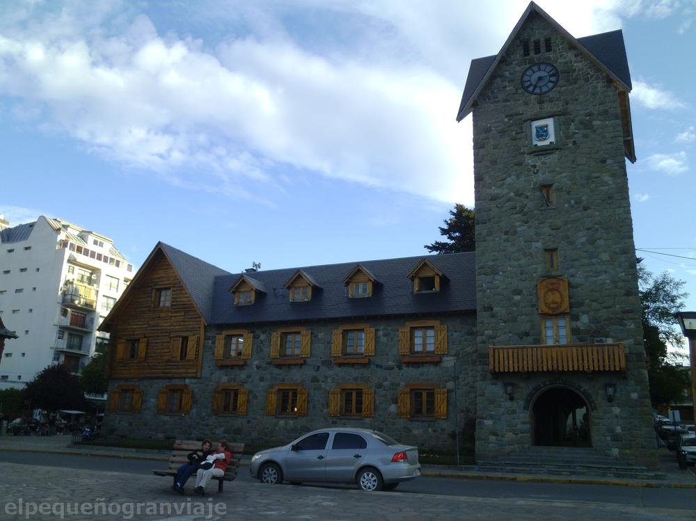 Centro Cívico, Bariloche, reloj