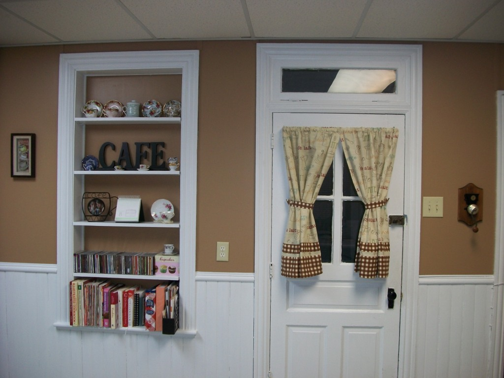 Coffee kitchen curtains - It Looks Great With All My Coffee And Teathemed Stuff Thanks To My Wonderful Husband For Being So Sweet And Willing To Help Me Paint