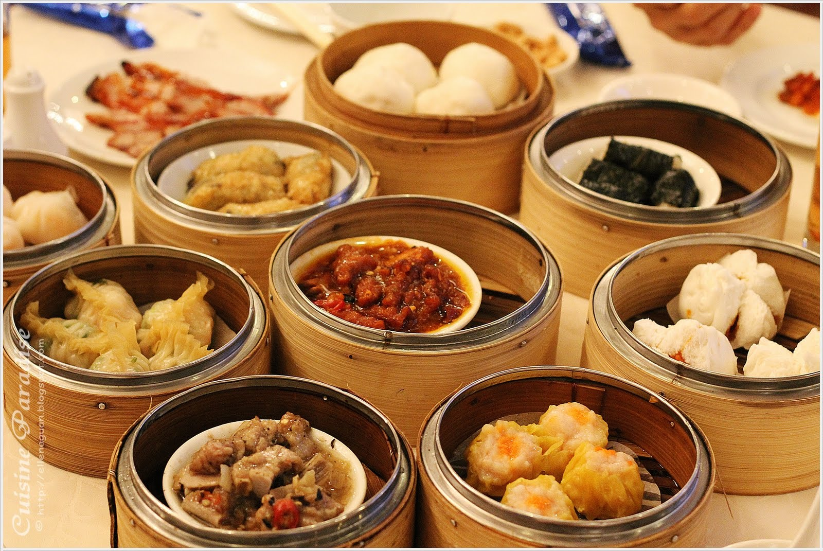 Cuisine paradise eat shop and travel dim sum buffet for Buffet cuisine