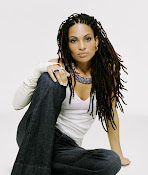 Goapele  wears a short natural these days...