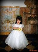 A Pequena dama aos 4 anos de idade.