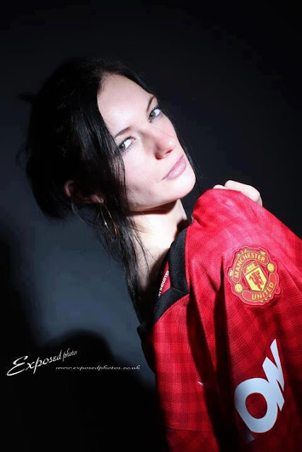 A gril who supports Manchester United
