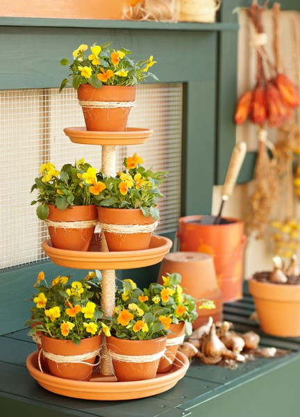 Find this Pin and more on terra cotta pot ideas by Jacque Zweygardt. Stack of Flower Pots! rhkendrick Stack of Flower Pots! Stack of Flower Pots! A steel rod tamped firmly in the ground, the clay pots come with holes, stack and plant. would make a great herb garden. Looks like a steel rod was used.
