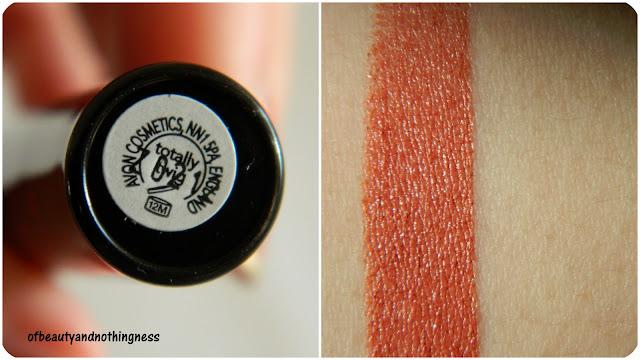 Avon Extra Lasting Lipstick: Totally Twig