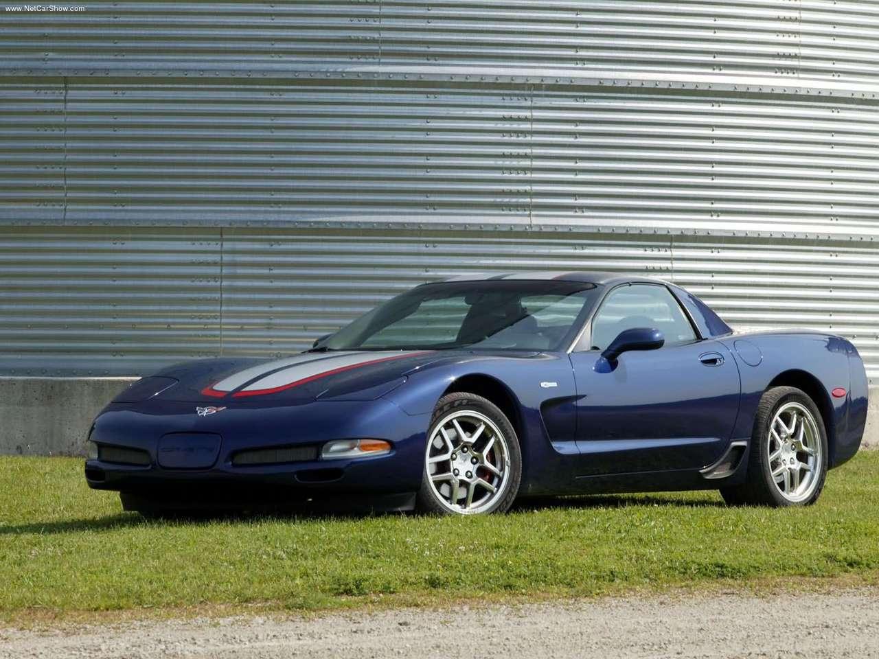 http://4.bp.blogspot.com/-s5Ig6VscZFo/TYCRjRKsGMI/AAAAAAAANrU/MBM5buk85KQ/s1600/Chevrolet-Corvette_Z06_Commemorative_Edition_2004_1280x960_wallpaper_03.jpg