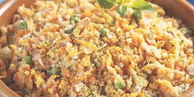 Receita de Farofa de legumes com bacon