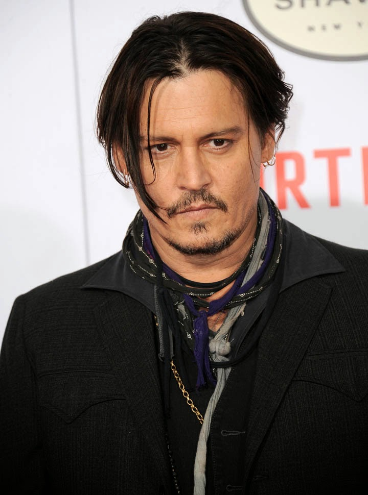 http://es.wikipedia.org/wiki/Johnny_Depp