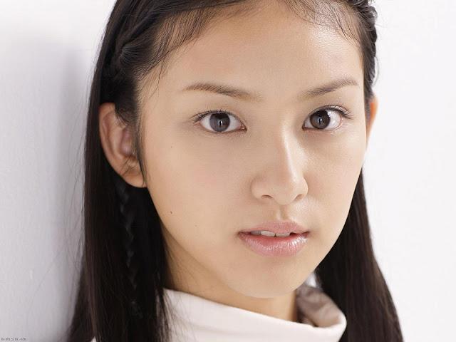 Beautiful Emi Takei