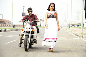 3 Idiots Telugu movie photos gallery-thumbnail-13