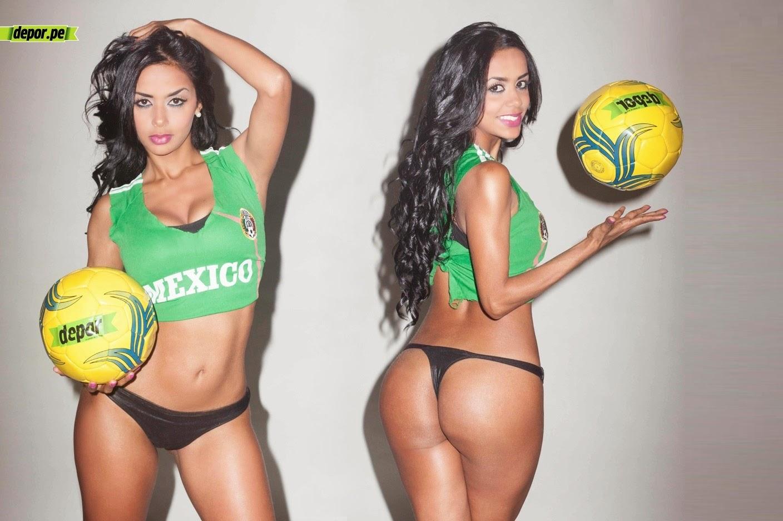 Ángela Zapata na cores da Seleção Mexicana de Futebol