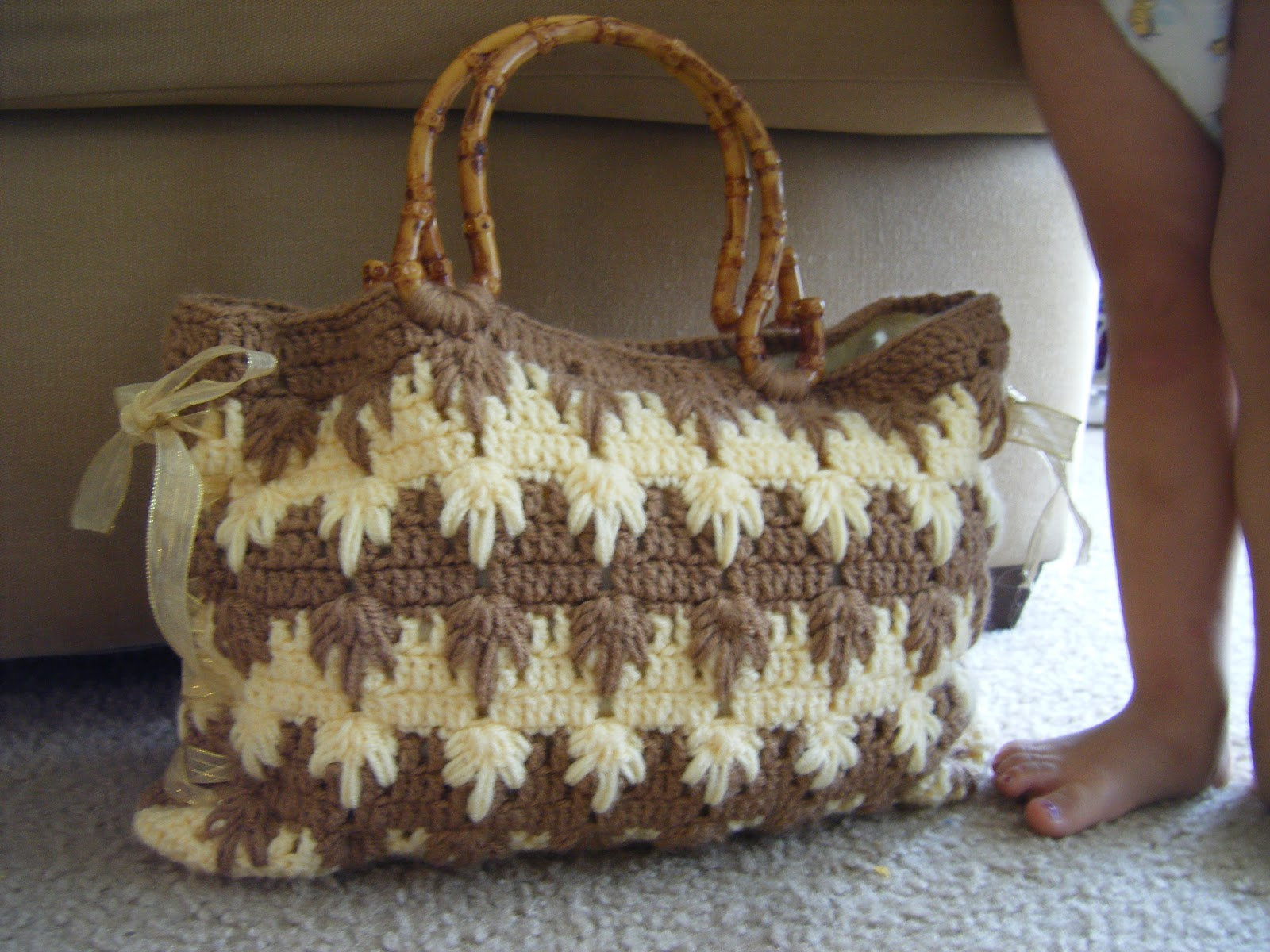 Crochet Patterns For Tote Bags : Best Patterns: Raquel Crochet Tote Bag Pattern