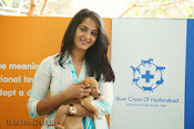 Anushka with Puppy at Blue Cross Pet Carnival Press meet-thumbnail-10