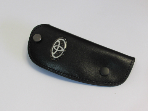 Dompet Kunci Toyota Bahan Kulit Hitam Ukuran 10.5x4.2cm